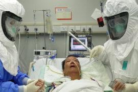 Medicos y paciente Covid